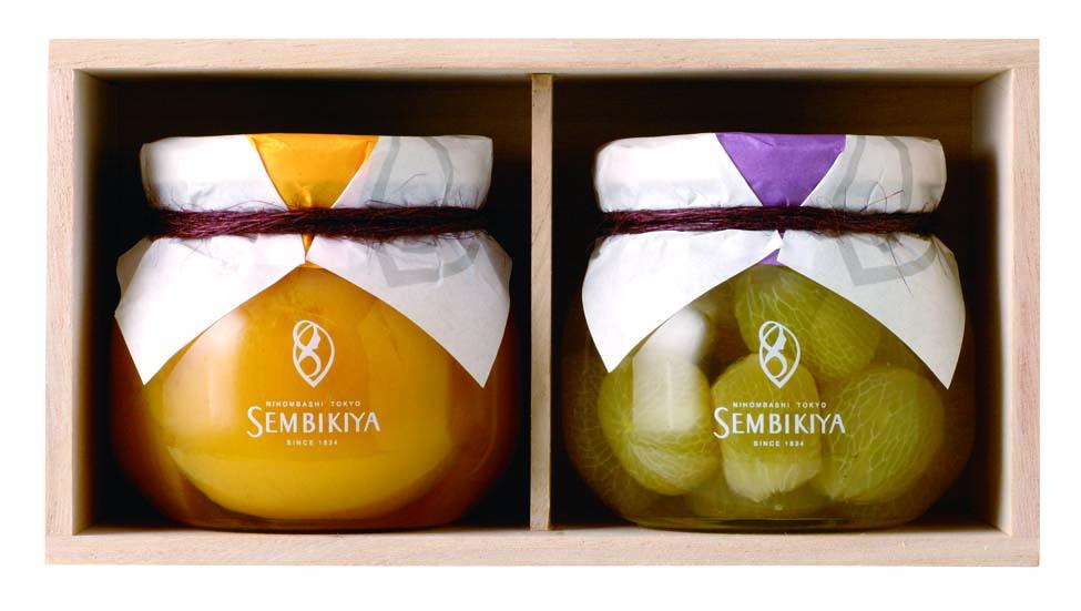 プレミアムジェリー2瓶桐箱入画像  内容 黄金桃、ピオーネ