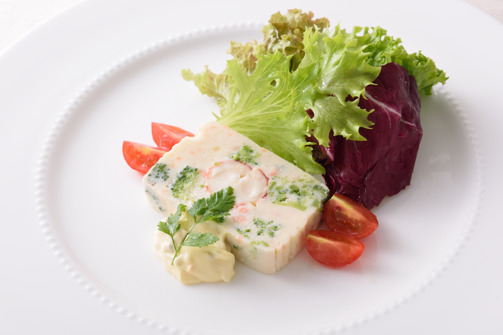 オマール海老、帆立貝、白身魚とブロッコリーのテリーヌ(ランチ)