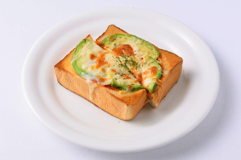 アボカドピザトースト