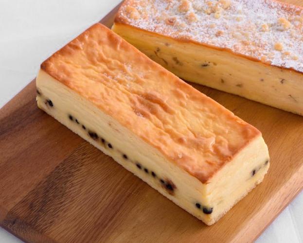 ベイクドチーズケーキ ブルーベリー