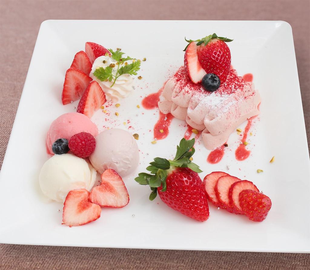 palor_sohonten_strawberry_assortplate